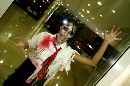 Zombie schoolgirl (1)