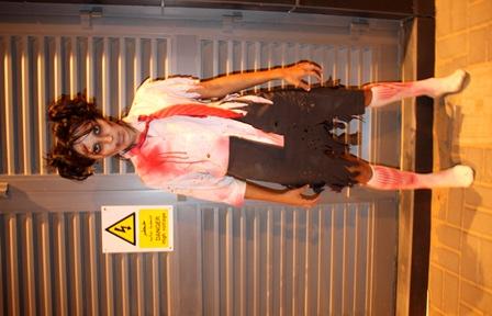 Zombie schoolgirl (8)